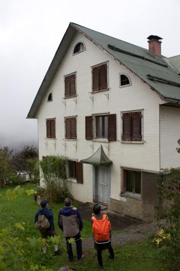 Ein Haus in Blons anschauen
